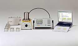 Aerosolverteil- und verdünnungssystem ADD 536 für Schutzgradmessung von Operationsräumen nach DIN 1946-4 und SWKI 99-3 (Bild: Topas GmbH)